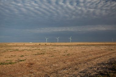 Wind turbines in Texas. Photo by Leaflet via Wikimedia Commons.
