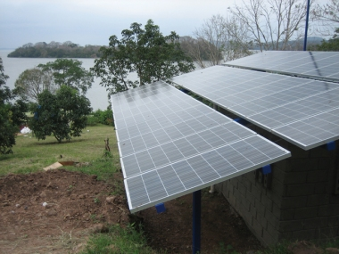 Solar panels in Nicaragua. Photo by Max L. Lacayo. Downloaded from Wikimedia Commons.