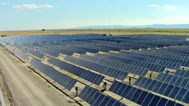 Typical solar farm. RMP's newly proposed subscriber farm will be 15 megawatts in capacity. Photo by Rocky Mountain Power.