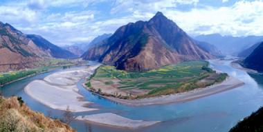Yangtze River, China (cc via travelojos.com)
