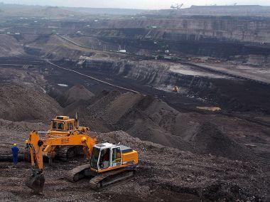 """Lignite mine, """"Turów"""", Poland.Author Anna Uciechowska.GNU Free Documentation License. Wikimedia Commons."""