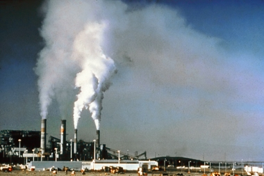 Air pollution at a power plant. US National Park Service photo. This photo is in the public domain because it was prepared by a federal employee for the US government.