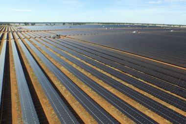 The Nyngan solar plant. Photo supplied: AGL