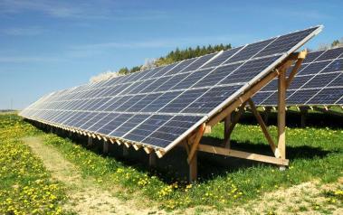 Solar panels. Featured Image: Martin D. Vonka/Shutterstock.com