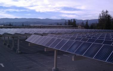 Solar parking lot canopy. Author: Darin Dingler. License: Creative Commons. Attribution 2.0 Generic