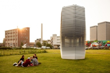 "The Dutch city of Rotterdam is home to the world's first ""vacuum cleaner"" structure that turns smog into fresh air. Image: Courtesy of Studio Roosegaarde"