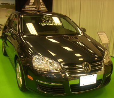 """VW Jetta, the """"Green Car of the Year"""" at the 2009 Montreal International Auto Show. Photo by Bull-Doser. Released into the public domain by the author."""