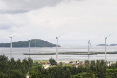 The five wind turbines at Ile de Romainville and three at Ile du Port can each yield 750 kW each, making a total of 6,000 MW. (Patrick Joubert, Seychelles News Agency)
