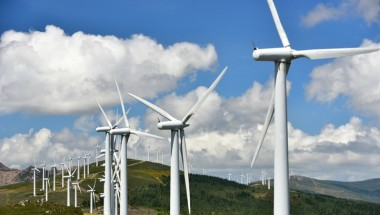 The Aiming High report suggests that wind power has the potential to exceed gas and other forms of energy within the next decade.