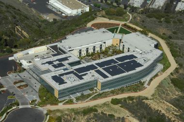 Johnson & Johnson Pharmaceutical Research & Development building in San Diego. Photo by SolarWriter. CC BY-SA 3.0. Wikimedia Commons.