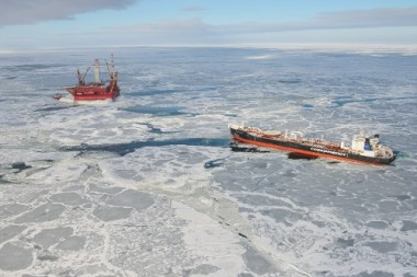 The Mikhail Ulyanov Tanker docks with the Prirazlomnaya platform to onload oil. (Photo: Gazprom)