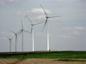 Wind power in Iowa, where it's big, getting bigger, and everyone loves it. Photo: Andrew Huff via Flickr (CC BY-NC).