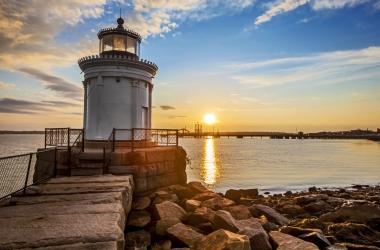 Maine lighthouse. Shutterstock image.