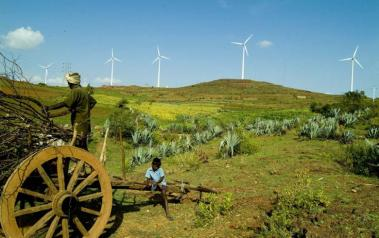 Wind farm in India. Author: Yahoo. License: Creative Commons, Attribution 2.0 Generic