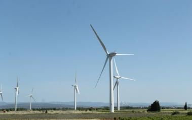 Wind farm in France. Author: Connie Ma. License: Creative Commons, Attribution-ShareAlike 2.0 Generic
