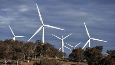 APA plans to lift its renewable energy commitment. Photo: Bloomberg