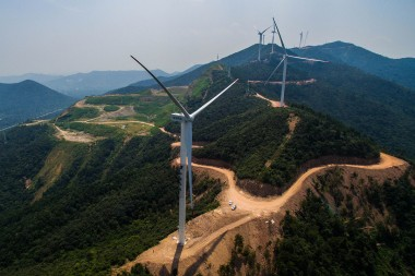 China installed a whopping 32.5 gigawatts of wind energy capacity last year. Xu Yu / Xinhua Press / Corbis