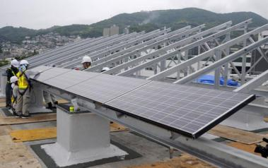 Solar installation in Japan. Author: Official US Navy Page. License: Creative Commons, Attribution 2.0 Generic.
