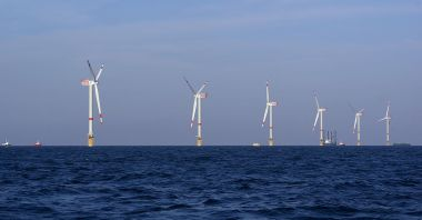 Offshore wind in the North Sea off the coast of Belgium. Photo by Hans Hillewaert. CC BY-SA 3.0 unported. Wikimedia Commons.