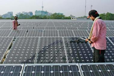 Indian solar tariffs have been falling. Photo: Bloomberg