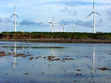 Wind turbines in Penghu County. (CNA file photo)