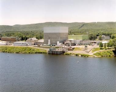 Vermont Yankee nuclear power plant. NRC photo. Public domain.