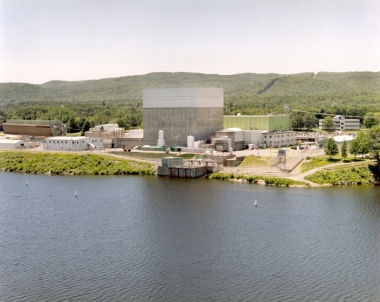 Vermont Yankee nuclear power plant. NRC photo. Public domain.