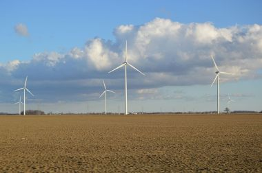 Wind farm in Ohio. Photo by Nyttend, released into the public domain. Wikimedia Commons.