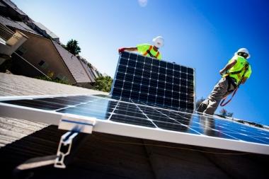 Solar panels being installed at a home in northwest Las Vegas. Jeff Scheid/Las Vegas Review-Journal