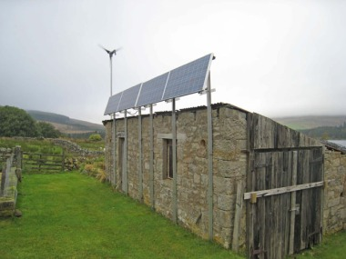 Renewable energy on a Northumberland homestead. Photo by Oliver Dixon. CC BY-SA 2.0 generic. Wikimedia Commons.