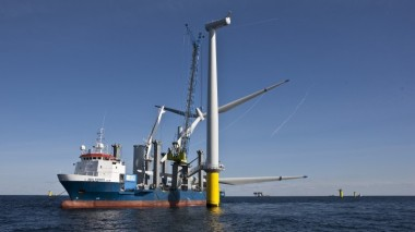 Cheap steel and favourable regulations are helping to cut offshore wind power costs (Pic: DONG Energy A/S)