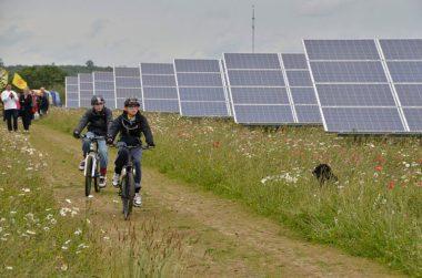 Westmill Solar Cooperative, via Wikicommons.