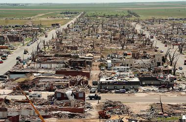 The center of Greensburg, Kansas, twelve days after it was hit by an F5 tornado in 2007. Photo by Greg Henshall/FEMA. Public domain. Wikimedia Commons.