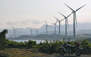 Wind farm in Japan. Author: cotaro70s. License: Creative Commons, Attribution-NoDerivs 2.0 Generic.