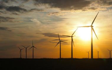 Wind farm. Author: Samir Luther. License: Creative Commons, Attribution-ShareAlike 2.0 Generic