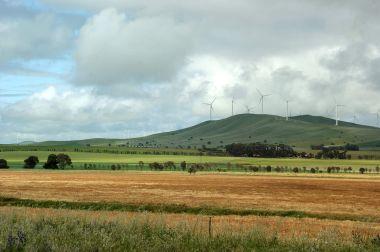 Hallett Wind Farm, South Australia. Photo by Ian Sutton. CC BY-SA 2.0. Wikimedia Commons.