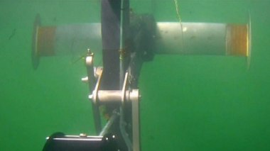 Underwater turbine tested at Mass. Maritime Academy (WBZ-TV)