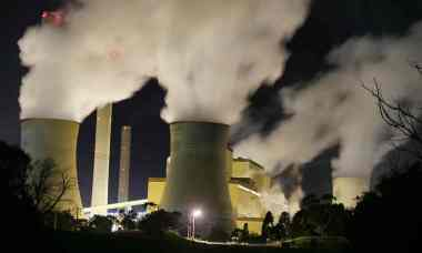 A Melbourne Energy Institute report found evidence of fossil fuel companies gaming the system. Photograph: David Crosling / AAP