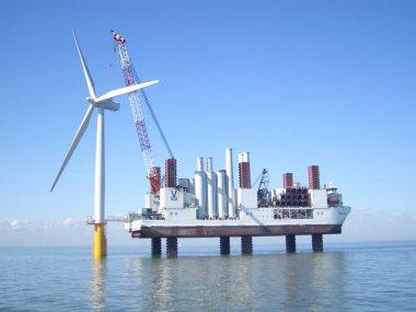 Installation of a new 3-MW Siemens offshore wind turbine. Image: artist's impression by Siemens.