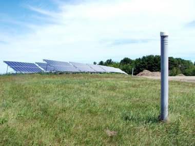 A 115 kW solar array on a capped landfill at Belfast Maine. Photo by Ethan Andrews.