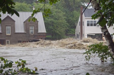 Flood waters from Tropical Storm Irene in Quechee, Vermont. Photo by Stephen Flanders. CC BY-SA 3.0. Wikimedia Commons.