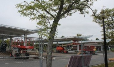 Solar canopy over parking. Daily Collegian Archives.