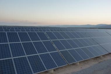 Solar farm in Argentina. Photo by sustentator. CC-2.5-SA. Wikimedia Commons.