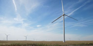 Wind turbines in Iowa. Photo by Bill Whittaker. CC BY-SA 3.0. Wikimedia Commons.