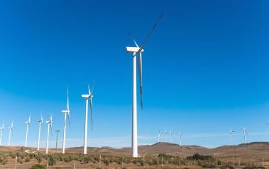 Wind farm in Chile (Featured Image: Pablo Rogat/Shutterstock.com)