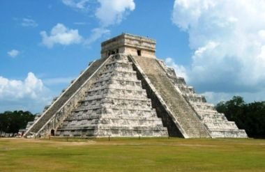 Mexican Pyramid (Image from Google Creative Commons)