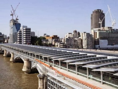 Solar PV system on London's Blackfriars Bridge