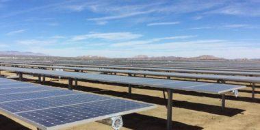 Solar panels on California grid (Courtesy of Sun Power)