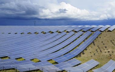 Solar farm in France. (Featured Image: Mny-Jhee / Shutterstock.com)