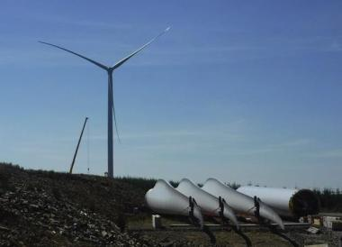 Turbines going up at Pen y Cymoedd (Vattenfall image)